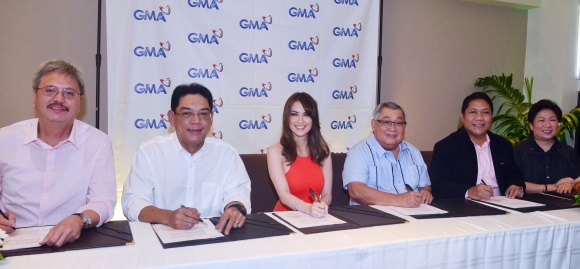GMA EVP and CFO Felipe S. Yalong, GMA President and COO Gilberto R. Duavit, Jr., Marian, GMA Chairman and CEO Atty. Felipe L. Gozon, President of All Access to Artists Rams David, GMA Entertainment TV OIC Lilybeth G. Rasonable