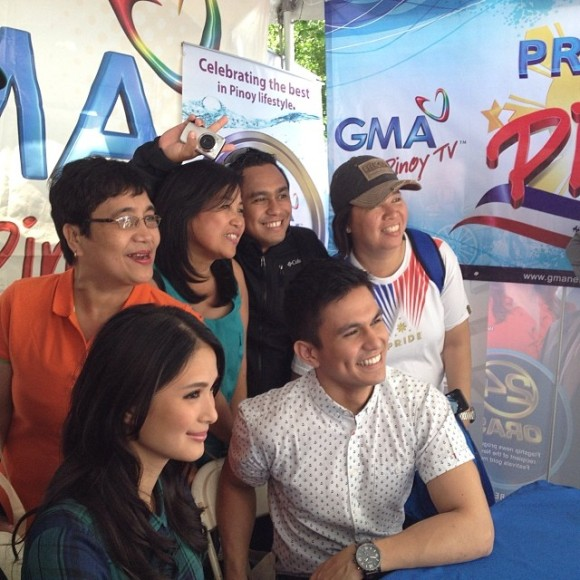 Heart Evangelista and Tom Rodriguez in NY - with fans at the GMA booth