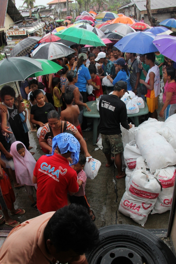 GMAKF's Operation Bayanihan quickly responded to the needs of those affected by typhoon Yolanda in 2013.