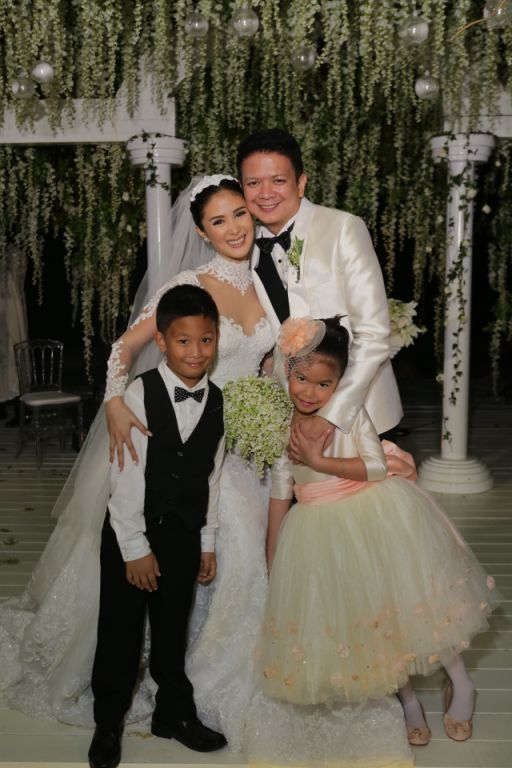 Chiz and Heart with his children