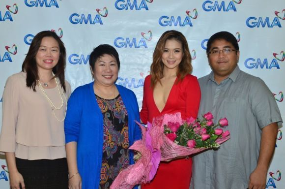 GMA SAVP for Alternative Productions Gigi Santiago – Lara, GMA SVP for Entertainment Lilybeth G. Rasonable, LJ Reyes, Perry P. Lansigan
