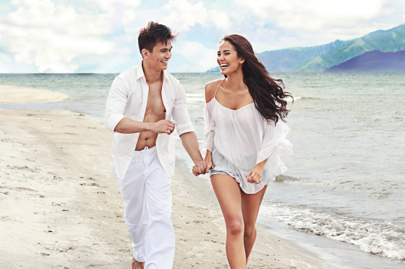 Tom & Megan in Marimar